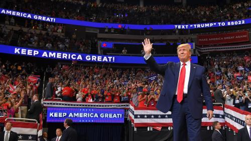 VIDEO. Slogan, promesses... Donald Trump lance sa campagne pour la présidentielle de 2020 avec un air de déjà-vu