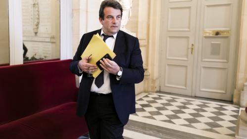 Une dizaine de maires de droite des Hauts-de-Seine ont basculé dans le camp de Macron