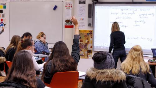 En France, les profs sont moins formés qu'ailleurs à gérer les élèves perturbateurs, selon une enquête
