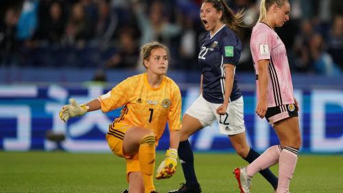 Mondial 2019 : match nul entre l'Argentine et l'Ecosse (3-3), l'Angleterre domine le Japon (2-0) et finit première du groupe D