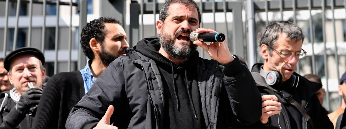 """""""Ils espèrent simplement qu'on crève"""" : les postiers grévistes des Hauts-de-Seine racontent 15 mois de conflit social"""