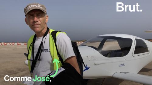 """VIDEO. """"Il fallait faire quelque chose"""" : Des pilotes d'avion portent secours aux migrants perdus en mer"""