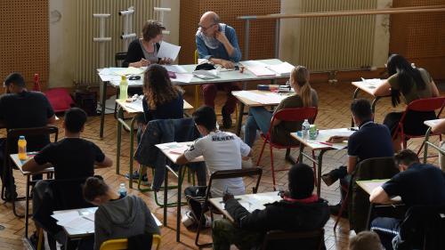 Baccalauréat : plusieurs erreurs dans les sujets de mathématiques pour les séries S et ES