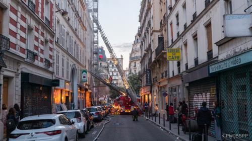 """""""La femme qui s'est défenestrée, je préfère ne pas en parler"""" : à Paris, les voisins de l'incendie de la rue de Nemours sont sous le choc"""