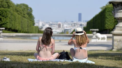 """""""C'est anxiogène et prématuré"""" : Météo France met en garde contre les prévisions qui annoncent des températures ressenties jusqu'à 50 °C durant la canicule"""