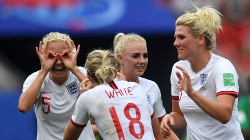 Coupe du monde féminine de football : l'Angleterre élimine le Cameroun et file en quart de finale à l'issue d'un match surréaliste