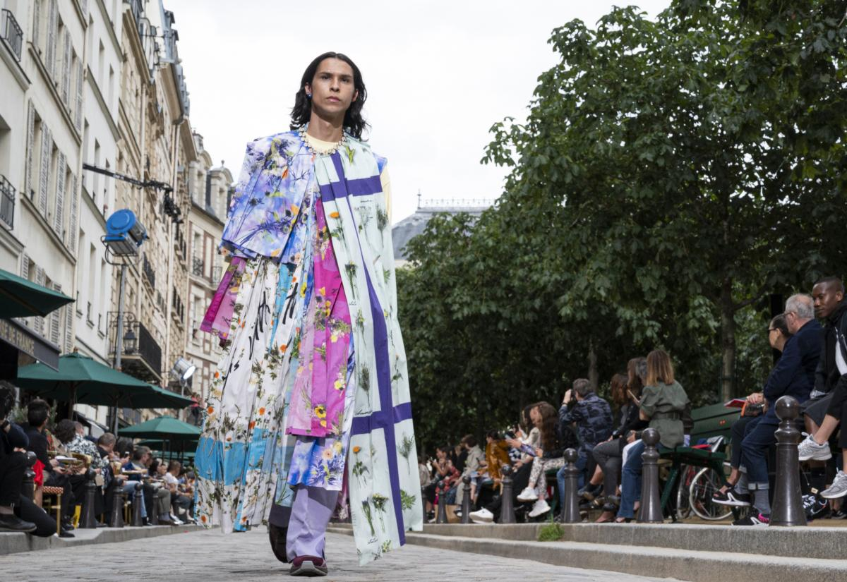 EN IMAGES. 11 looks qui émergent de la Paris Fashion Week masculine printemps-été 2020