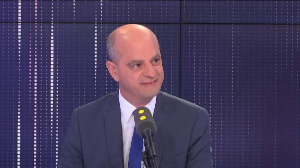 """VIDEO. Fuites des sujets du bac : """"Nous allons être d'une rigueur implacable"""" affirme Jean-Michel Blanquer"""