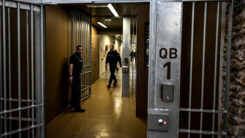 """""""Sur le terrain, c'est rocambolesque"""" : la difficile mise en place du plan canicule dans les prisons"""