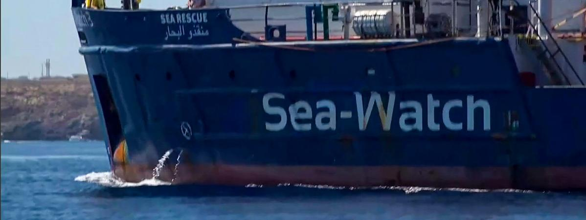 42 migrants sont bloqués à bord du Sea-Watch depuis deux semaines.