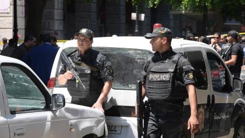 Tunisie : deux attentats-suicides à Tunis, un mort et huit blessés selon un premier bilan