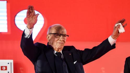 """Tunisie : le président Essebsi a été hospitalisé après """"un grave malaise"""""""