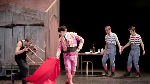 """Festival Off d'Avignon : après les quatre Molières d'""""Adieu Mr Haffman"""", Jean-Philippe Daguerre touche au coeur avec """"La Famille Ortiz"""""""