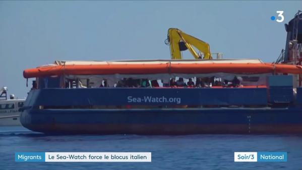"""Migrants : bras de fer entre le """"Sea-Watch"""" et l'Italie"""