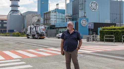 """GRAND FORMAT. """"Ils foutent en l'air notre outil de travail"""" : à la rencontre d'Eric Weiss, salarié de Belfort menacé par le plan social chez General Electric"""