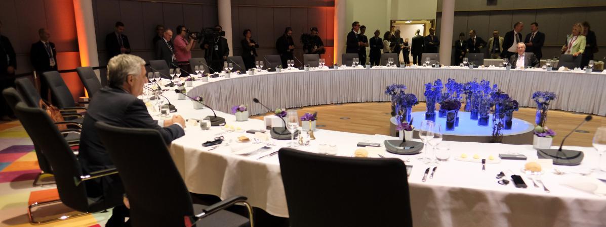 Union européenne : dans l'impasse, le sommet sur les postes clés est suspendu jusqu'à mardi