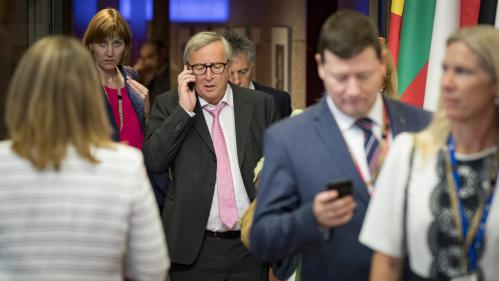 DIRECT. Union européenne : après plusieurs échecs, les 28 se retrouvent à nouveau pour trouver leur casting   https://www.francetvinfo.fr/monde/europe/sommet-de-l-ue/direct-union-europeenne-sommet-europe-commission-europeenne-parlement-europeen-macron-mer
