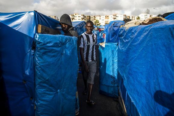 Dans le camp d\'Oulad Ziane, illégal mais toléré par les autorités marocaines, à Casablanca, le 27 mars 2019.