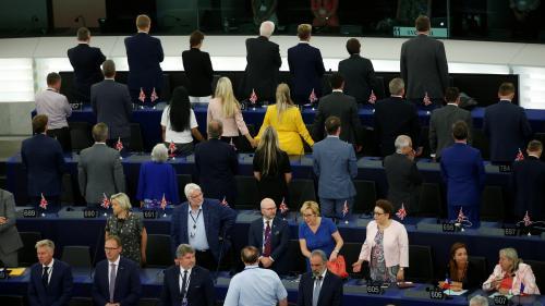 DIRECT. Les Britanniques du Brexit Party tournent le dos lors de l'hymne européen