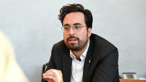 Municipales à Paris : Mounir Mahjoubi renonce à sa candidature à l'investiture LREM et rejoint Cédric Villani