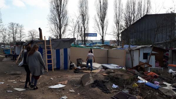 """""""Chasse aux Roms"""" : six hommes condamnés à des peines allant jusqu'à six mois de prison ferme"""
