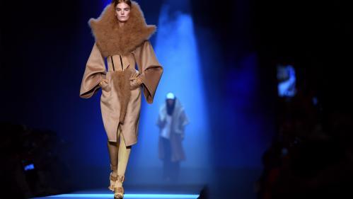 Haute couture : Jean Paul Gaultier n'exclut pas de réutiliser de la fourrure quand il sera sûr de sa traçabilité