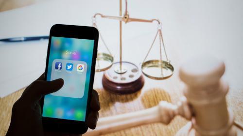 Lutte contre la haine sur internet : cinq questions sur la proposition de loi votée par l'Assemblée nationale