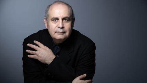 """""""L'opéra doit passer le test du clic"""" : Pierre Audi, nouveau directeur du festival d'Aix-en-Provence, veut attirer les jeunes"""