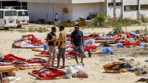 Ce que l'on sait du bombardement d'un centre de migrants en Libye