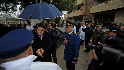 Algérie: l'ancien chef de la police placé en détention préventive