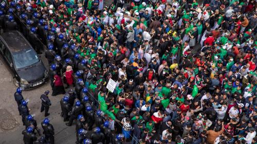 DIRECT. Une foule de manifestants dans les rues d'Alger pour le 20e vendredi de contestation