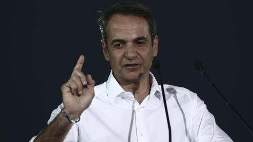 Grèce : la droite de Kyriakos Mitsotakis arrive en tête devant le parti du Premier ministre sortant Alexis Tsipras