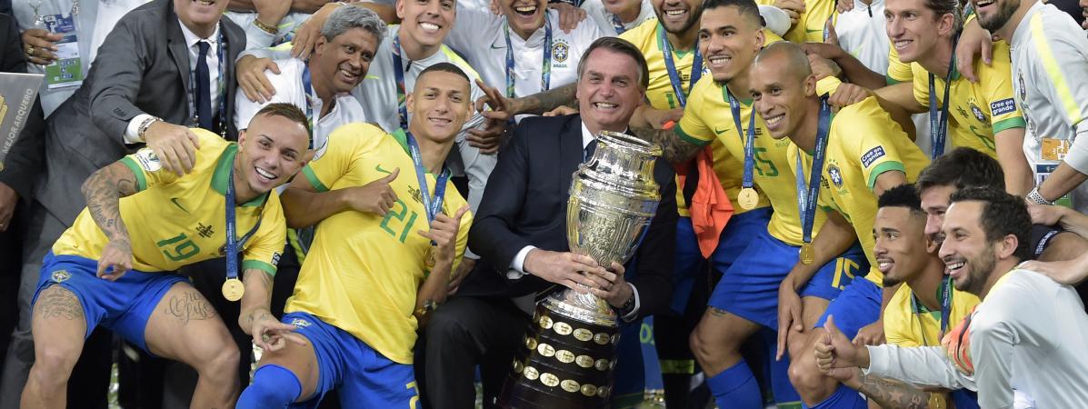 Foot : le Brésilien Marquinhos a-t-il snobé le président Jair Bolsonaro lors de la Copa America ?