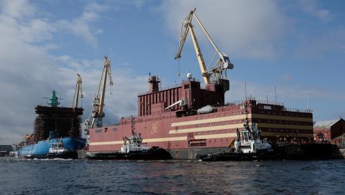 """""""Tchernobyl sur glace"""" ou """"Titanic nucléaire""""? On vous présente le projet russe de centrale flottante dans l'Arctique"""