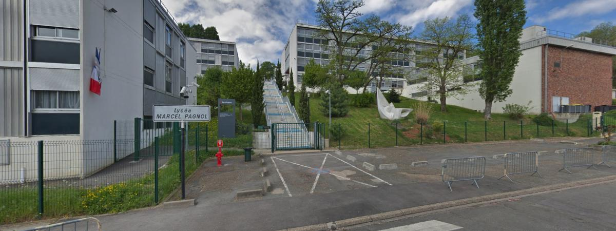 Essonne : après avoir échoué aux oraux du bac, deux élèves agressent violemment le proviseur d'un lycée