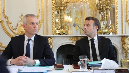 """DIRECT. François de Rugy """"conserve bien évidemment la confiance"""" du gouvernement"""