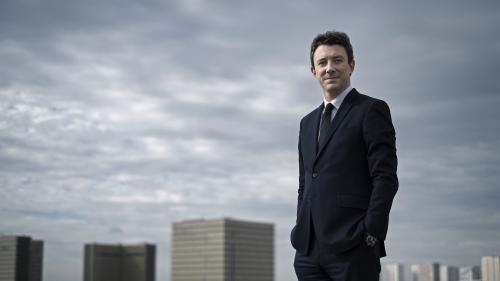 """VIDEO. """"Je mesure l'immense honneur et la responsabilité"""" : Benjamin Griveaux se félicite d'être le candidat LREM pour les municipales à Paris"""