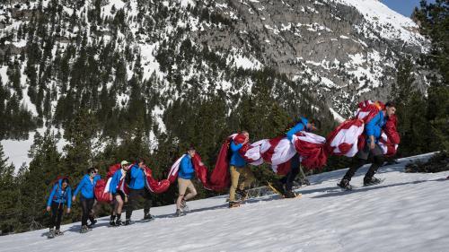 Génération identitaire : comment se finance le mouvement d'extrême droite et ses actions anti-migrants dans les Alpes