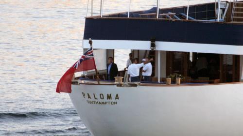 Rolex, yacht, homard... Ces symboles du luxe qui ont coûté cher aux politiques