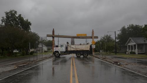 Etats-Unis : la tempête Barry balaie les côtes de Louisiane et menace la Nouvelle-Orléans