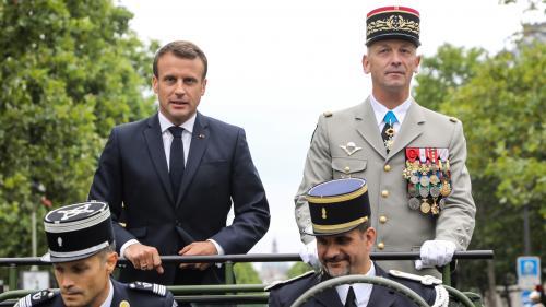 """VIDEO. """"Macron démission !"""" : le président de la République sifflé lors de l'ouverture du défilé du 14-Juillet"""