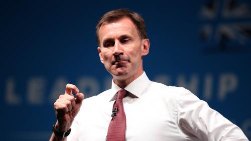 Royaume-Uni : cinq choses à savoir sur Jeremy Hunt, le rival de Boris Johnson pour le poste de Premier ministre