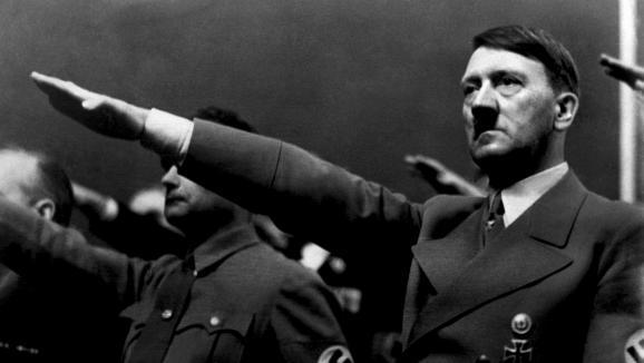 VRAI OU FAKE Histoire de folles rumeurs. Hitler n'est pas mort en 1945