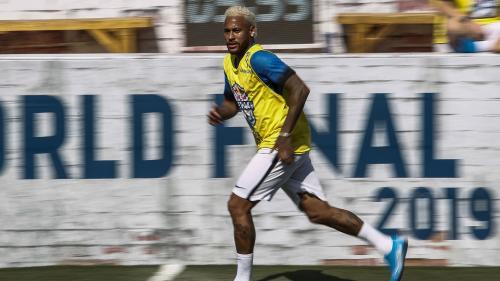 Foot : l'interview exclusive de Neymar au Brésil a été volée
