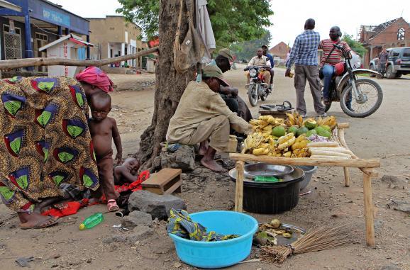 Scènes de rue àKiwanja (60 km au nord de Goma en RDC) le 16 février 2015