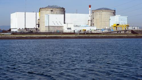 Une association dénonce la présence de titrium, une substance radioactive, dans l'eau du robinet de 6,4 millions de Français  https://www.francetvinfo.fr/societe/nucleaire/une-association-denonce-la-presence-de-titrium-une-substance-radioactive-dans-l-eau