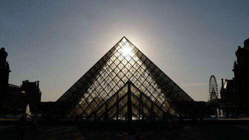 Sécheresse : il n'a pas plu à Paris depuis le 21 juin, du jamais-vu