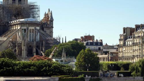 Incendie de Notre-Dame: un risque d'intoxication au plomb dans neuf écoles et crèches situées près de la cathédrale