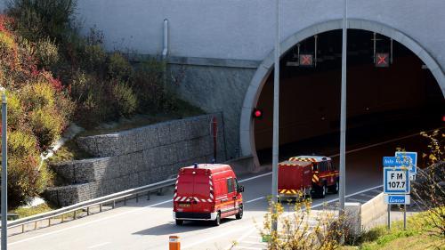 Les sociétés d'autoroute promettent d'autoriser les pompiers à passer gratuitement aux péages
