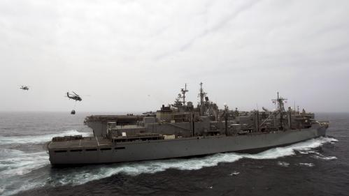 Les Etats-Unis ont abattu un drone iranien qui s'approchait d'un de leurs navires, annonce Donald Trump